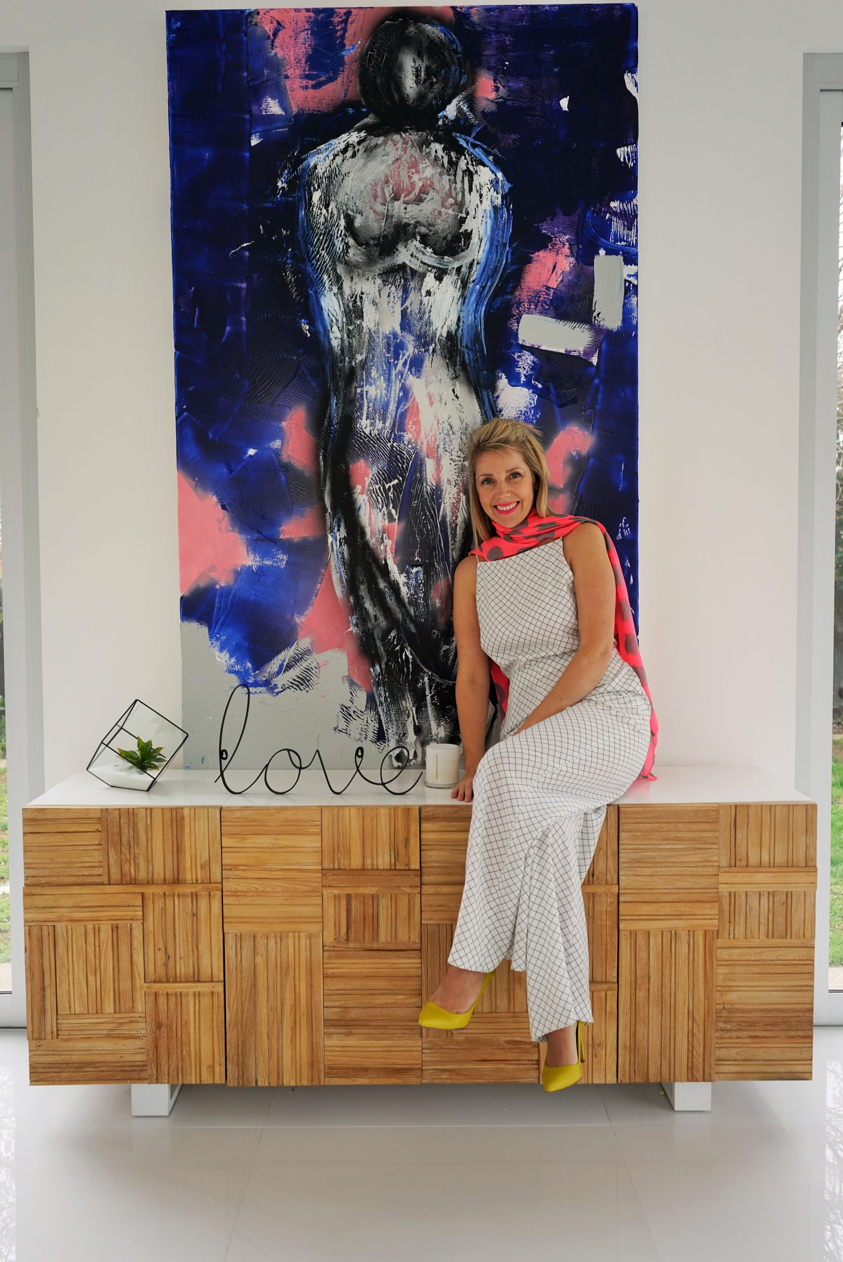 Sarah Jane Artist from Australia specialising in Modern Art and Abstract Art