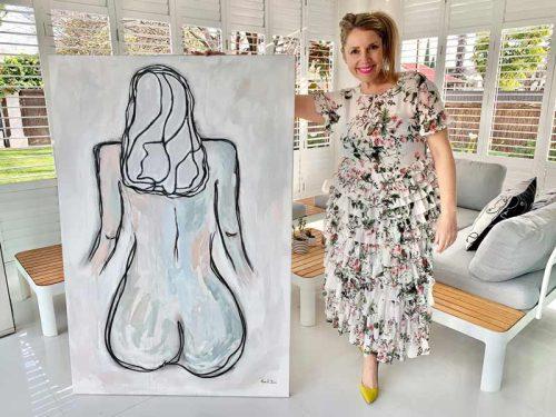 australian-artist-sarah-jane-holding-linear-soeur-i---calm-neutral-painting-womans-body